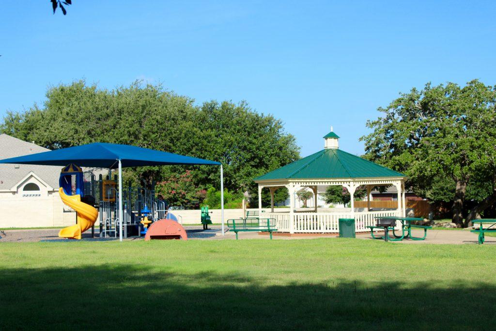 Lakeline Oaks Park